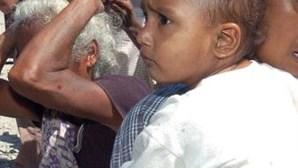 Fome na Somália faz com que mães percam os filhos