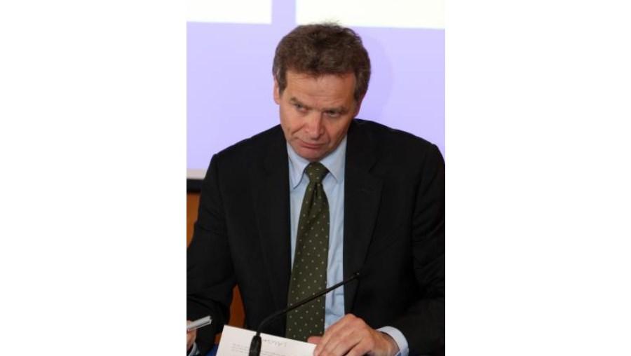 """Representante do FMI, Poul Thomsen, realçou que, na visão da troika, é importante que a aplicação da medida não seja selectiva, antes aplicada """"a toda a gente"""""""