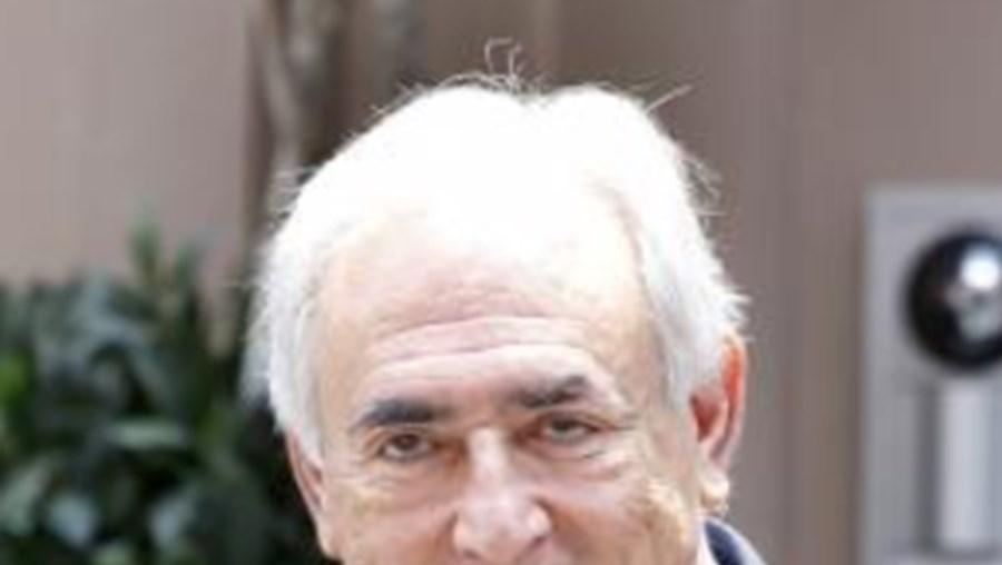 Procuradores de Manhattan entregaram documentos em que recomendam que algumas ou todas as acusações no caso de crimes sexuais contra Dominique Strauss-Kahn sejam retiradas