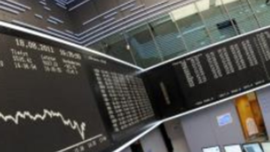 Galp, BCP e Sonae Indústria penalizaram praça nacional