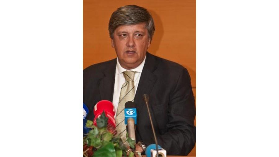 """Deputado Laurentino Dias disse que """"deve haver algum mal-entendido"""" neste processo"""