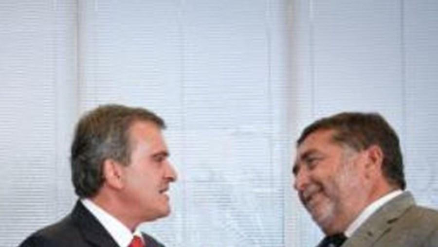 Miguel Relvas visitou recentemente a RTP e conversou com o presidente, Guilherme Costa