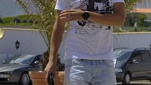 Luxo: Coentrão passeia com família na nova 'bomba'