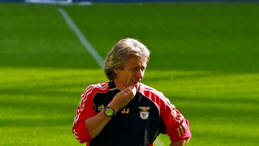 """Jorge Jesus avisou os seus jogadores de que é """"igual defrontar o Rooney ou o Michel [P. Ferreira]"""""""