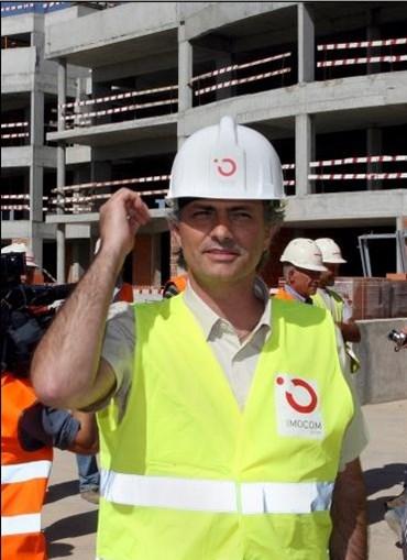 Treinador português está envolvido na construção e turismo no Algarve