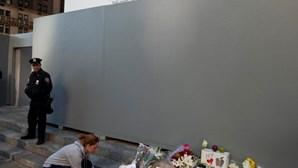Funeral de Jobs terá sido sexta