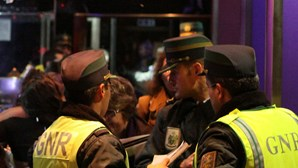 Suspeito detido após dois furtos