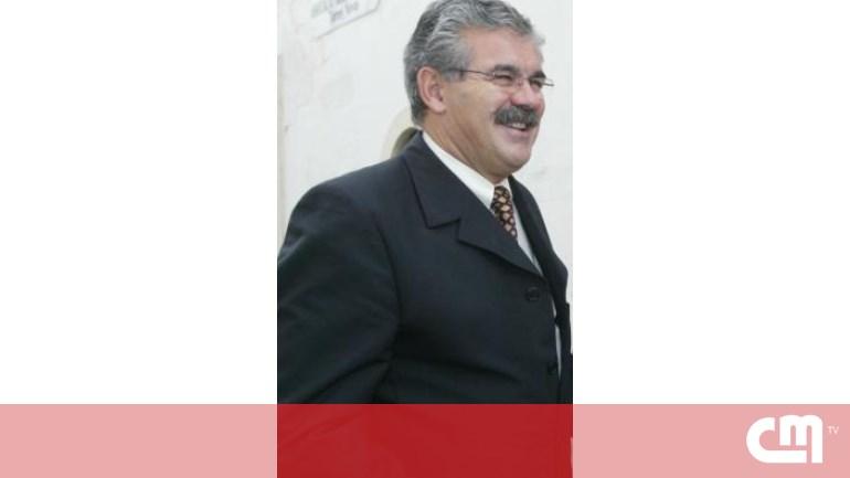 ab1491e9b568f Torres Novas  Carro em segunda mão para presidente - Economia ...