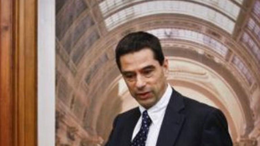 Ministério de Vítor Gaspar tem um mês para apresentar plano