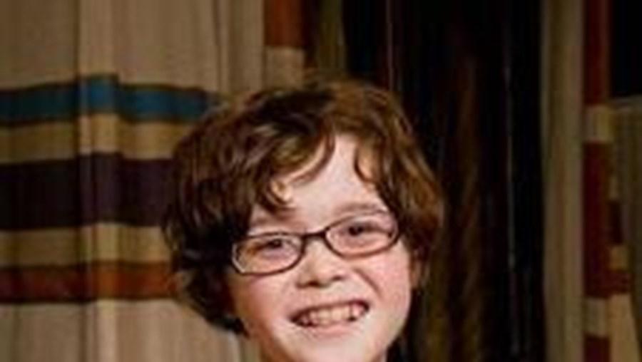 Com apenas 11 anos, Thomas veste roupas femininas e comporta-se como uma menina
