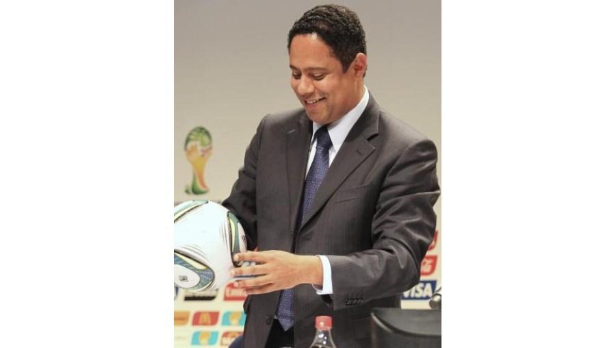 O ministro do Desporto, Orlando Silva, está sob suspeita