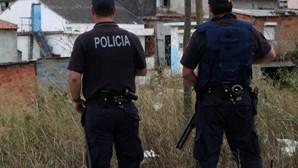 Rebentam petardo em operação policial