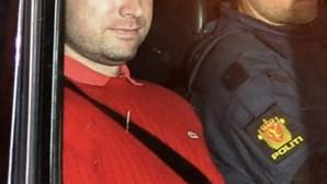 "Noruega: Breivik tem ""esquizofrenia paranóide"""