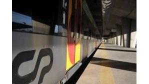 Apenas 23 comboios circularam no Porto como serviços mínimos