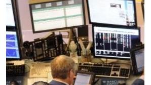 Banca e telecomunicações disparam em bolsa
