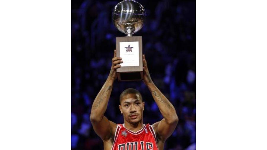 Derrick Rose igualou o feito de Michael Jordan nos Bulls ao ganhar o prémio de jogador mais valioso da Liga em 2011