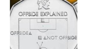 Moeda inglesa explica regra do fora-de-jogo no futebol