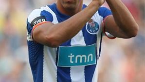 FC Porto cede lateral