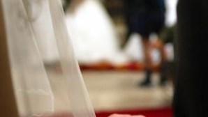 Vereador brasileiro proíbe noivas de casar sem roupa interior
