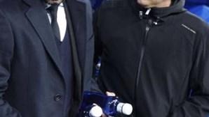 """Guardiola rejeita contratações e diz que Real Madrid está em """"melhor momento"""""""