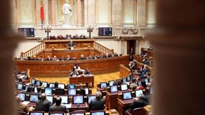 Parlamento: petição exige mais dignidade para as mulheres