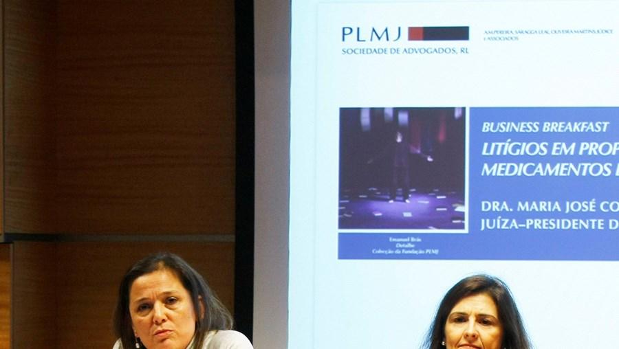 Juíza Maria José Costeira e advogados discutiram temas ligados à propriedade industrial