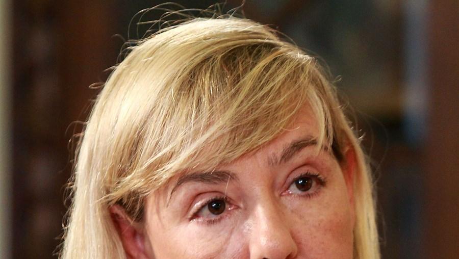 Ministra da Justiça, Paula Teixeira da Cruz, é a grande defensora da criminalização a todos os cidadãos