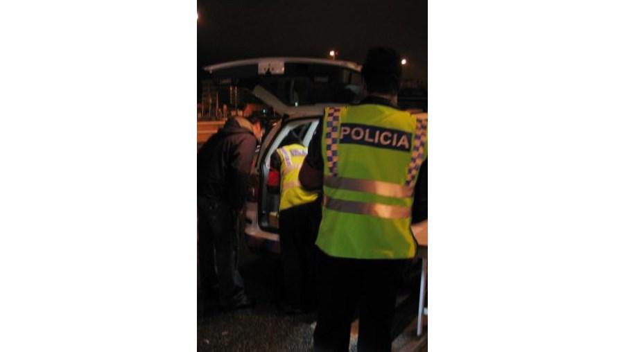 """Três condutores detidos por """"condução sob o efeito de álcool"""""""