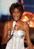 O mundo elogiou o talento musical com a alcunha 'A Voz'. (Reuters)