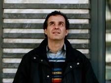 """""""Lembro-me dele tirar caril do frigorífico e comer sem aquecer e da imensa alegria com que recebia em Azeitão"""" (João Afonso, músico)"""