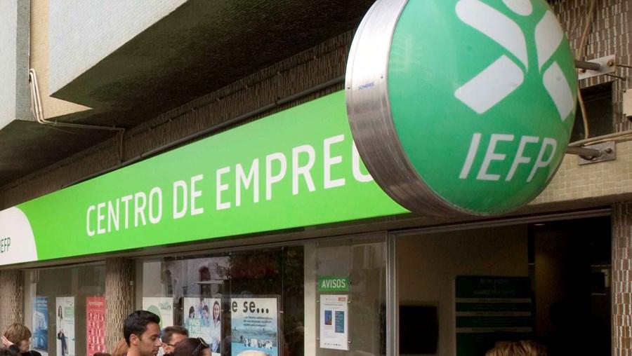 Álvaro Santos Pereira diz que o programa dá maior acompanhamento ao desempregado