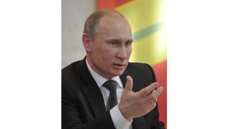 Putin acusa Estados Unidos de não quererem dialogar com a Rússia sobre a criação de um escudo anti-míssil