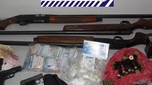 PSP apanha arsenal a cinco suspeitos