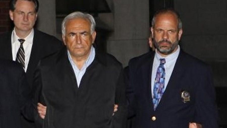 Strauss-Kahn quando foi detido em Nova Iorque