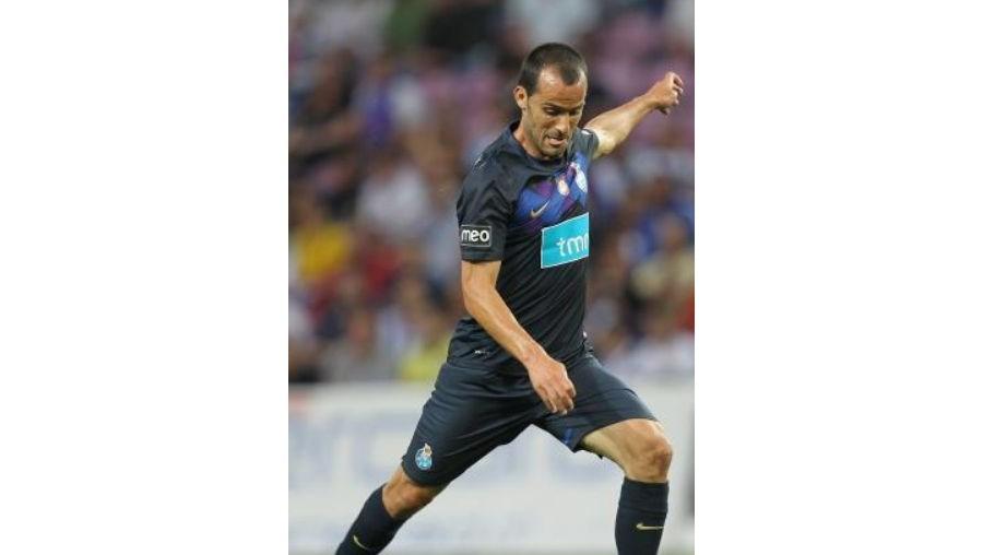 Ruben Micael transferiu-se do Nacional para o FC Porto na época 2008/09