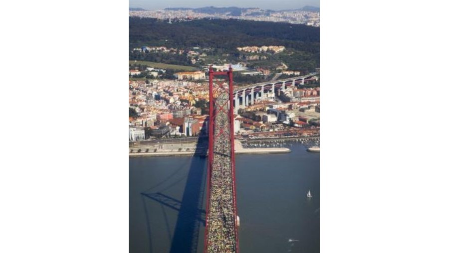 A partir das 09h45 de domingo serão cortados todos os acessos à Ponte 25 de Abril