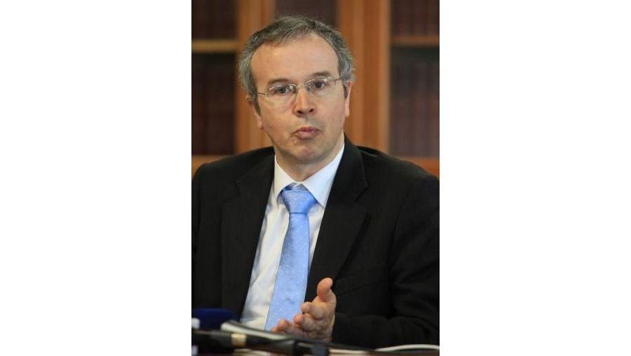 """João Gabriel Silva, reitor da universidade, respondeu que """"não há nenhum aumento extraordinário de propinas"""""""