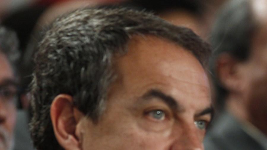 Zapatero e os seus antecessores receberão este ano 74.580 euros