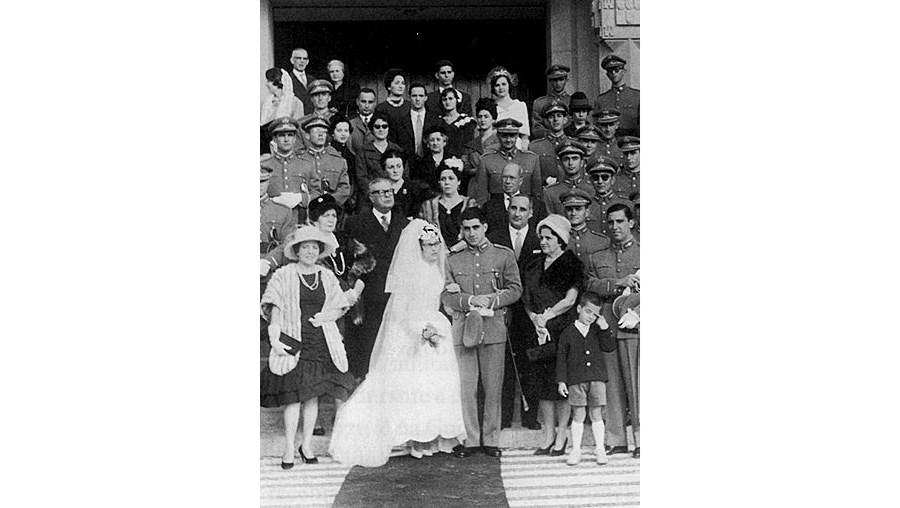 Otelo, Bigamia, Mulheres, casamento