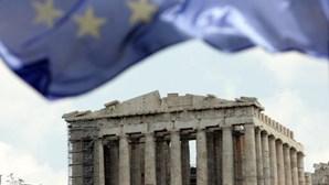 Grécia: Contas do Estado sem liquidez em Junho