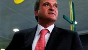 Autárquicas: Miguel Relvas desafia PS