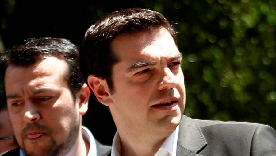 Tsipras acusou partidos pró-europeus de firmarem um acordo para viabilizar austeridade