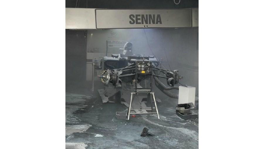 O incêndio deflagrou enquanto o staff da Williams festejava a vitória de Maldonado