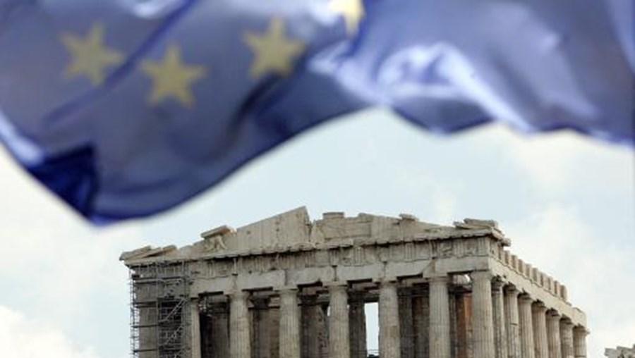 Os Estados-membros da União Europeia opõem-se a continuar a pagar os empréstimos enquanto o país não conseguir consenso na formação do novo governo saído das eleições de 6 de Fevereiro