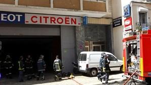 Crianças foram retiradas de escola devido a fogo