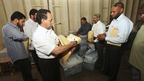 Líbia: Eleições para Assembleia Constituinte adiadas