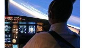 Pilotos da TAP entregam pré-aviso de greve