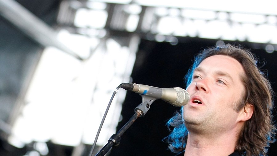 Músico canadiano-norte-americano tocou para uma plateia de portugueses e estrangeiros