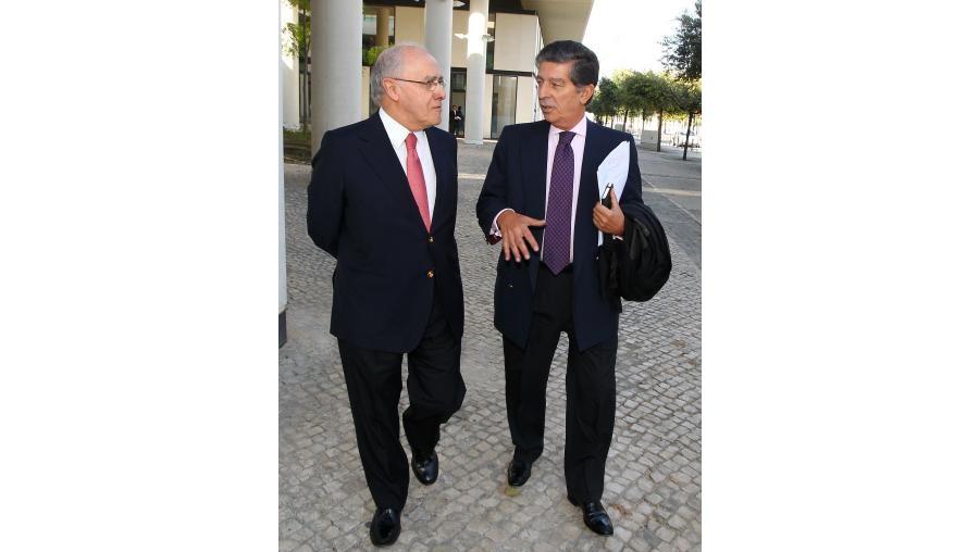 Jardim Gonçalves acompanhado pelo seu advogado, Magalhães e Silva