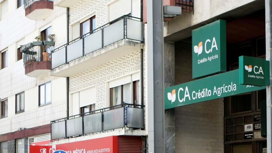 Homem, armado com uma pistola, assaltou Caixa de Crédito Agrícola de Gaia no passado dia 25